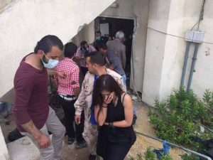 Carla Ortiz in Syria after witnessing civilian massacres by ISIS (photo on Twitter)
