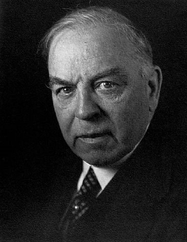 The Liberal prime minister, William Lyon Mackenzie King, hobnobbed with Nazi notables including Adolf Hitler, and thought that his British counterpart Neville Chamberlain had not gone far enough in appeasing Hitlerite Germany