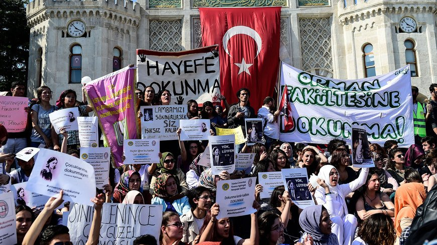 Turkish academia is in upheaval following the government's decision to split up 13 major universities to form new ones, while university departments say that the proposal is fueled by ulterior motives and that resources are already spread too thin.