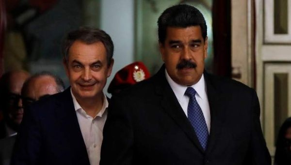 Former Spanish Prime Minister (PM) and international monitor for Venezuela's election, Jose Luis Rodriguez Zapatero, has offered to mediate dialogue between Venezuela's government and opposition.