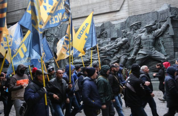 Volodymyr Ischenko analyses the vicious circle of nationalist radicalization in Ukraine involving mutual reinforcement between far-right groups and the dominant oligarchic pyramids. This has significantly contributed to a post-Euromaidan domestic politics that is not unifying the country but creating divisiveness and damaging Ukrainian relations with its strategically important neighbors.