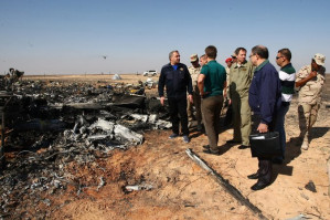 Western bomb conspiracy wheel spins as investigations of Egypt-to-Russia flight continue