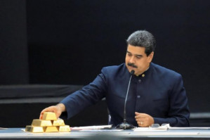 President Maduro: economy and dollarization