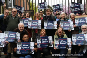#FreeAssange #FreeManning: print your own banners, posters, flyers, sticker etc.