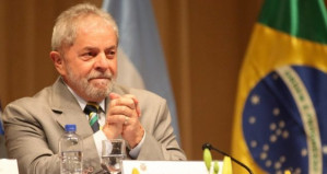 Brazil's ex-President Lula on Venezuela: Maduro is democratic, Guaidó should be in prison, US blockade kills civilians